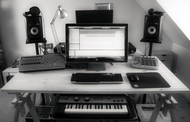 How Can I Set Up A Simple Home Recording Studio in addition Recording Studio At Home Equipment as well The Essentials Of Your Home Music Production Studio also Voice Recording In The Home Studio furthermore How To Setup A Recording Studio. on basic recording studio set up